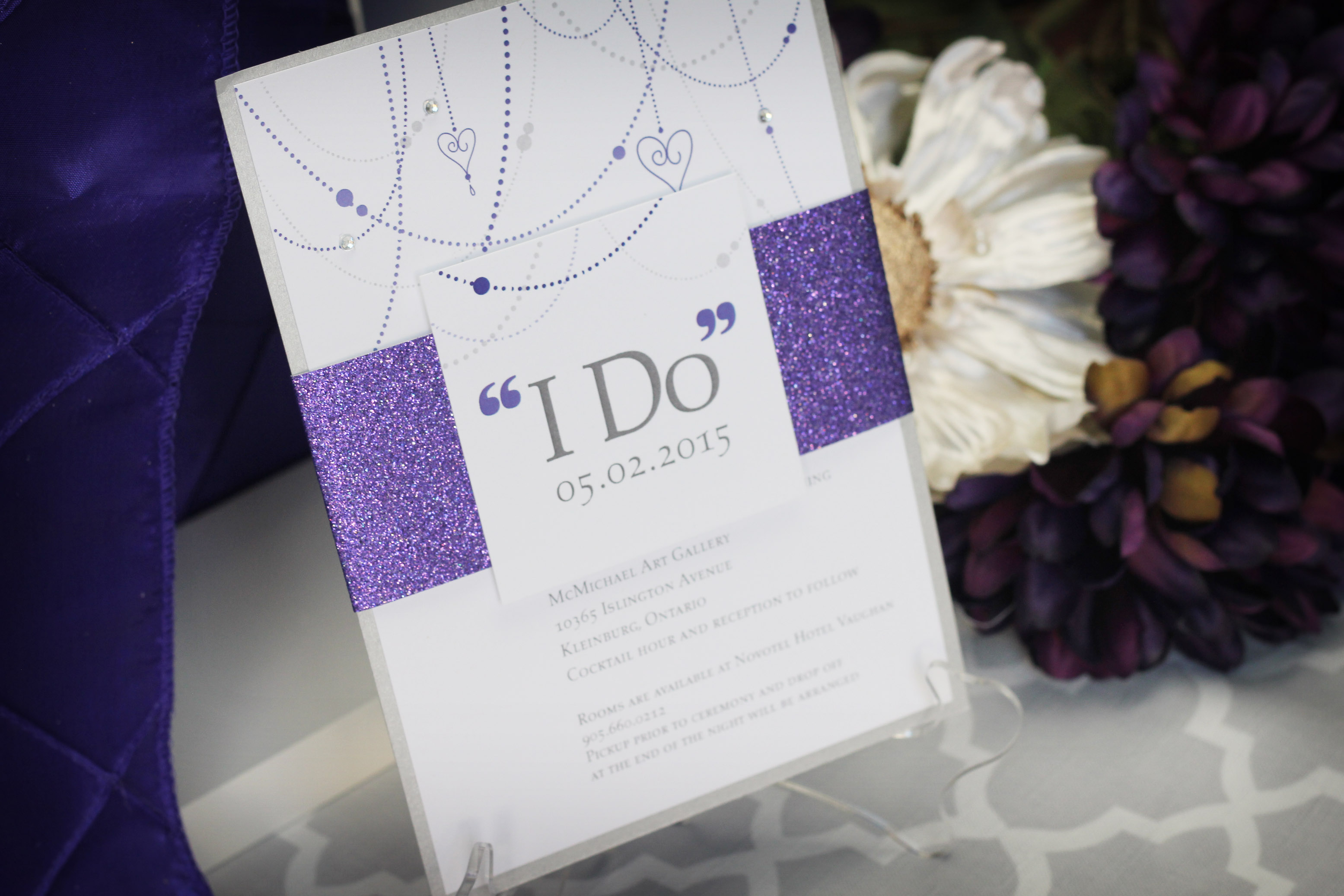 Sparkly wedding invitation suite