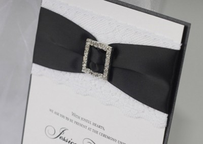Luxurious Wedding Invitations with Lace and Rhinestone Buckle